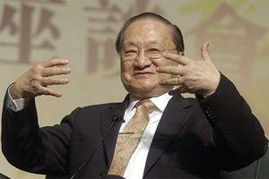 Tiểu thuyết gia võ hiệp Kim Dung qua đời ở tuổi 94