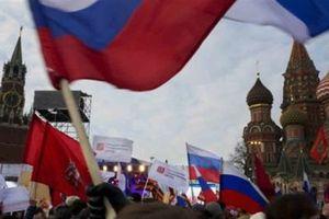 Mỹ bất lực nhìn nghịch lý: Càng trừng phạt, Nga càng mạnh