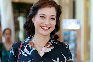 NSND Lê Khanh trở lại màn ảnh nhỏ, đóng phim mua bản quyền của Mỹ
