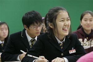 Hàn Quốc: Cung cấp bữa ăn trưa miễn phí cho tất cả trường học