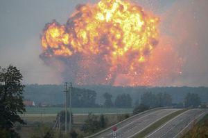 Một nghị sĩ Ukraine kêu gọi phá hủy các kho tàng quân sự của Nga
