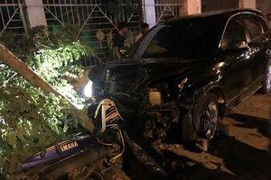 Cán bộ công an lái xe gây tai nạn khiến 2 người nhập viện