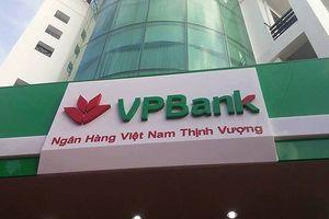 Vợ Chủ tịch HĐQT VPBank đã mua vào hơn 7 triệu cổ phiếu để làm gì?