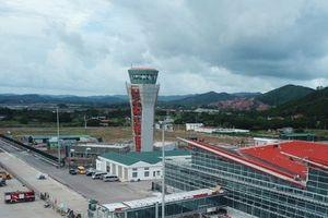 Phó Thủ tướng Trịnh Đình Dũng yêu cầu đảm bảo chất lượng xây dựng Cảng hàng không Vân Đồn