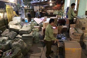 Lạng Sơn: Thu giữ số lượng lớn hàng giả mạo nhãn hiệu