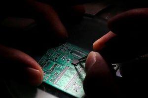 Mỹ cấm một công ty Trung Quốc mua sản phẩm công nghệ