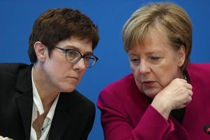 Nhân vật nào sẽ thay bà Merkel lãnh đạo đảng CDU?