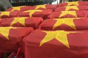 Truy điệu và an táng các liệt sĩ được tìm thấy ở Long Thành