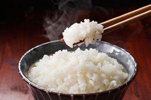 Mẹo nhỏ khi nấu cơm giúp bạn ăn no mà vẫn giảm cân