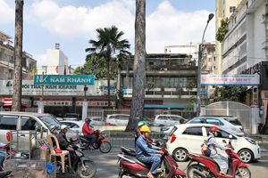 Cần một lối thoát cho khu đất vàng số 462-464 đường Nguyễn Thị Minh Khai