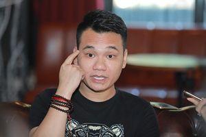 Khắc Việt xin lỗi người hâm mộ vì phát ngôn 'chợ búa'