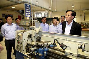 Đẩy mạnh gắn kết giáo dục nghề nghiệp với thị trường lao động, việc làm bền vững