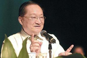Huyền thoại văn học kiếm hiệp Kim Dung qua đời ở tuổi 94