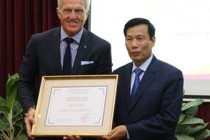 Huyền thoại Golf thế giới chính thức trở thành Đại sứ Du lịch Việt Nam