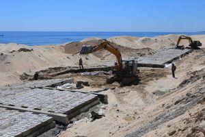 Thừa Thiên - Huế: Đầu tư hơn 300 tỷ đồng chống sạt lở bờ biển
