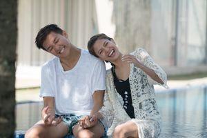 Khoảnh khắc ngọt ngào của đôi tình nhân tại The Bachelor Việt