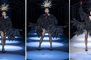Phong cách 'ma mị' lên sàn diễn thời trang Việt