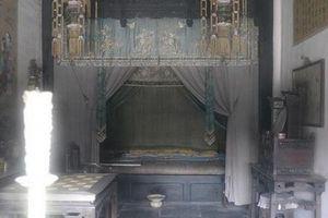 Từ Hy Thái hậu ăn uống ê hề, phải có '500 Phật đệ' phục dịch