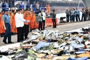 Indonesia khoanh vùng vật thể nghi là thân máy bay