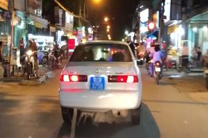Lộ 'thân thế' người lái ôtô biển xanh gây náo loạn đường phố