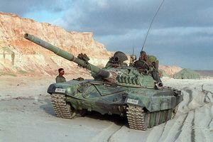 Lạ lẫm hình ảnh lính Mỹ cưỡi xe tăng T-72 tập trận