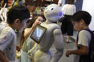Robot dạy tiếng Anh tại Nhật Bản
