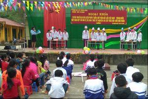 Tuyên truyền 3 văn kiện pháp lý biên giới đất liền Việt Nam-Trung Quốc cho học sinh và nhân dân biên giới