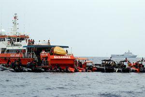 Indonesia tăng tốc tìm kiếm máy bay rơi