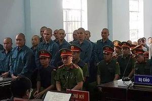 Xử sơ thẩm 30 bị cáo gây rối tại cổng UBND tỉnh Bình Thuận