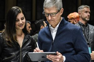 Tại sao iPad mới tốt nhưng khó thay được laptop?