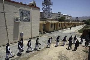 Đánh bom liều chết gần nhà tù lớn nhất Afghanistan, 7 người thiệt mạng