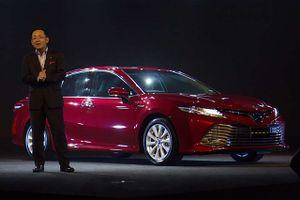 Toyota Camry 2019 đẹp kiêu sa, sắp về Việt Nam