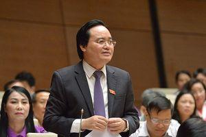 Bộ trưởng Giáo dục: Quy định xử 'sinh viên bán dâm 4 lần' do cán bộ ý thức kém đưa lên