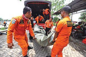 Rơi máy bay ở Indonesia: Quá khó nhận dạng nạn nhân