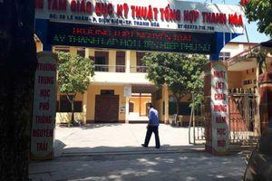 Thanh Hóa: Xúc phạm thầy cô trên Facebook, 7 học sinh THPT bị đuổi học
