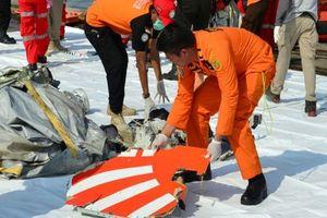 Tìm thấy xác máy bay Indonesia rơi xuống biển