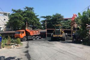 Chệch đường ray, toa tàu chở than bị lật ở Quảng Ninh
