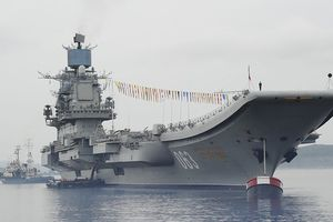 Tàu sân bay duy nhất của Hải quân Nga gặp sự cố khi ụ nổi chìm