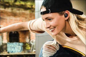 Samsung ra mắt tai nghe không dây Gear IconX 2018, giá 4,99 triệu đồng