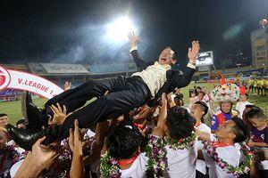 V-League: Vết gợn nơi chiếc Cup