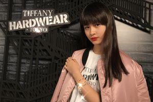 4 cô gái chưa quá 20 tuổi làm người mẫu cho thương hiệu cao cấp
