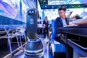 Nhà hàng lẩu Trung Quốc thay thế nhân viên bằng robot