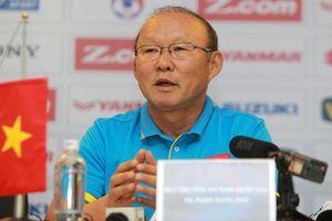 HLV Park Hang-seo 'lép vế' ở AFF Cup 2018 trước hai đồng nghiệp nổi tiếng