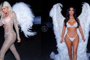 Chị em Kim 'siêu vòng 3' hóa trang thành thiên thần nội y Victoria's Secret