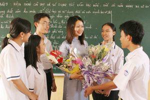 Chú trọng khen thưởng cá nhân là giáo viên trực tiếp đứng lớp