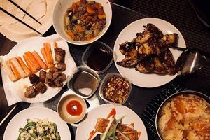 Bí quyết nấu ăn 'ngon, khỏe, rẻ' của nữ du học sinh xinh xắn tại Anh