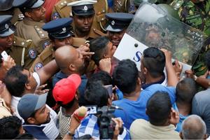 Bình luận của TG&VN: Sri Lanka chìm sâu trong khủng hoảng chính trị