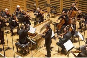 Dàn nhạc Anh Orchestra of the Age of Enlightenment diễn cùng nghệ sĩ Trường múa TP.HCM