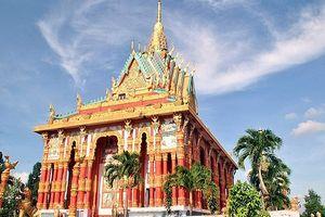 Tìm đến ngôi chùa Khmer đẹp nhất Nam Bộ