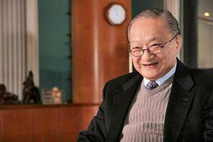 Tiết lộ số tiền hàng nghìn tỷ đồng tiểu thuyết võ hiệp mang về cho Nhà văn Kim Dung